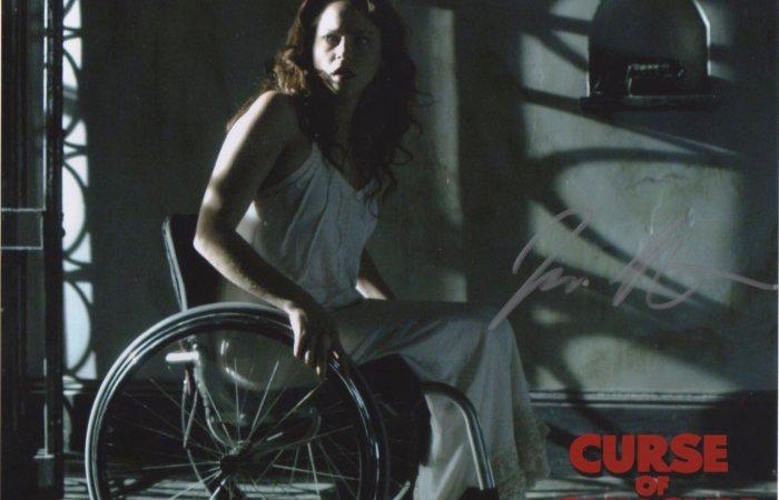 Signed 8x10 Fiona Dourif (Curse of Chucky) C